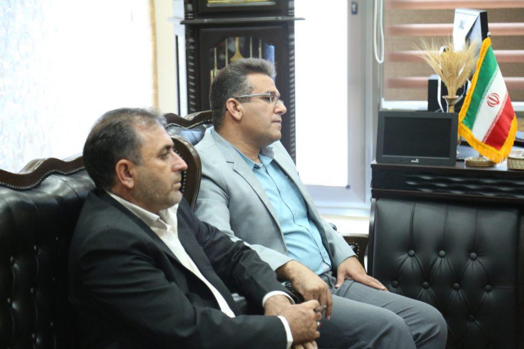 بازدید مدیر قراردادهای صنعت آب و برق استان فارس و جنوب کشور از دفتر مرکزی موسسه